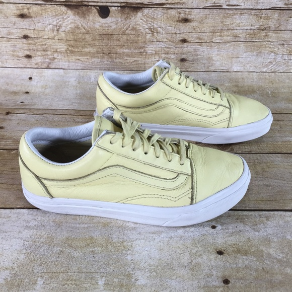Vans Shoes | Girls Leather Size 6